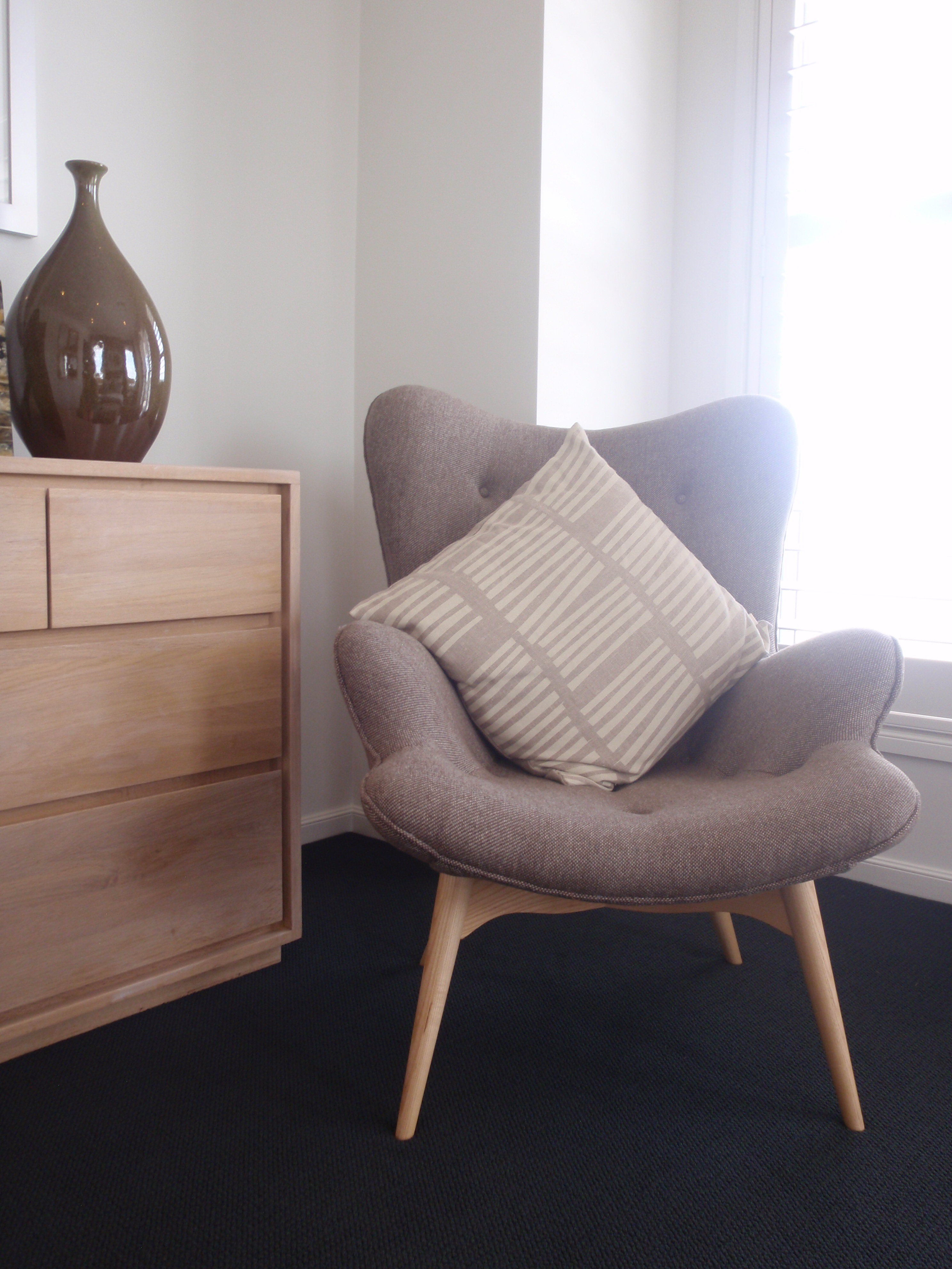 small bedroom chairs with armrests small armchair farnichar bed modern chairs brown bedroom chair HENHYVZ