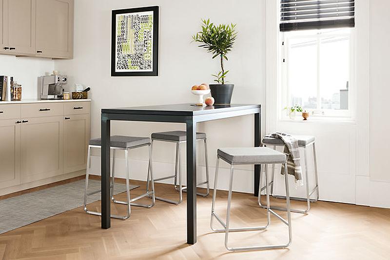Small furniture (photo credit: Raum & Tafel) SRAWIW