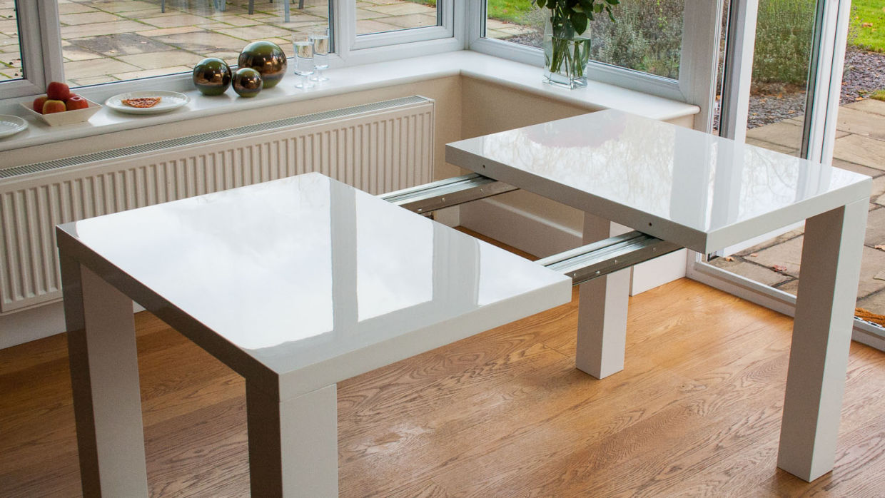 chic modern extendable dining table IGEGARH