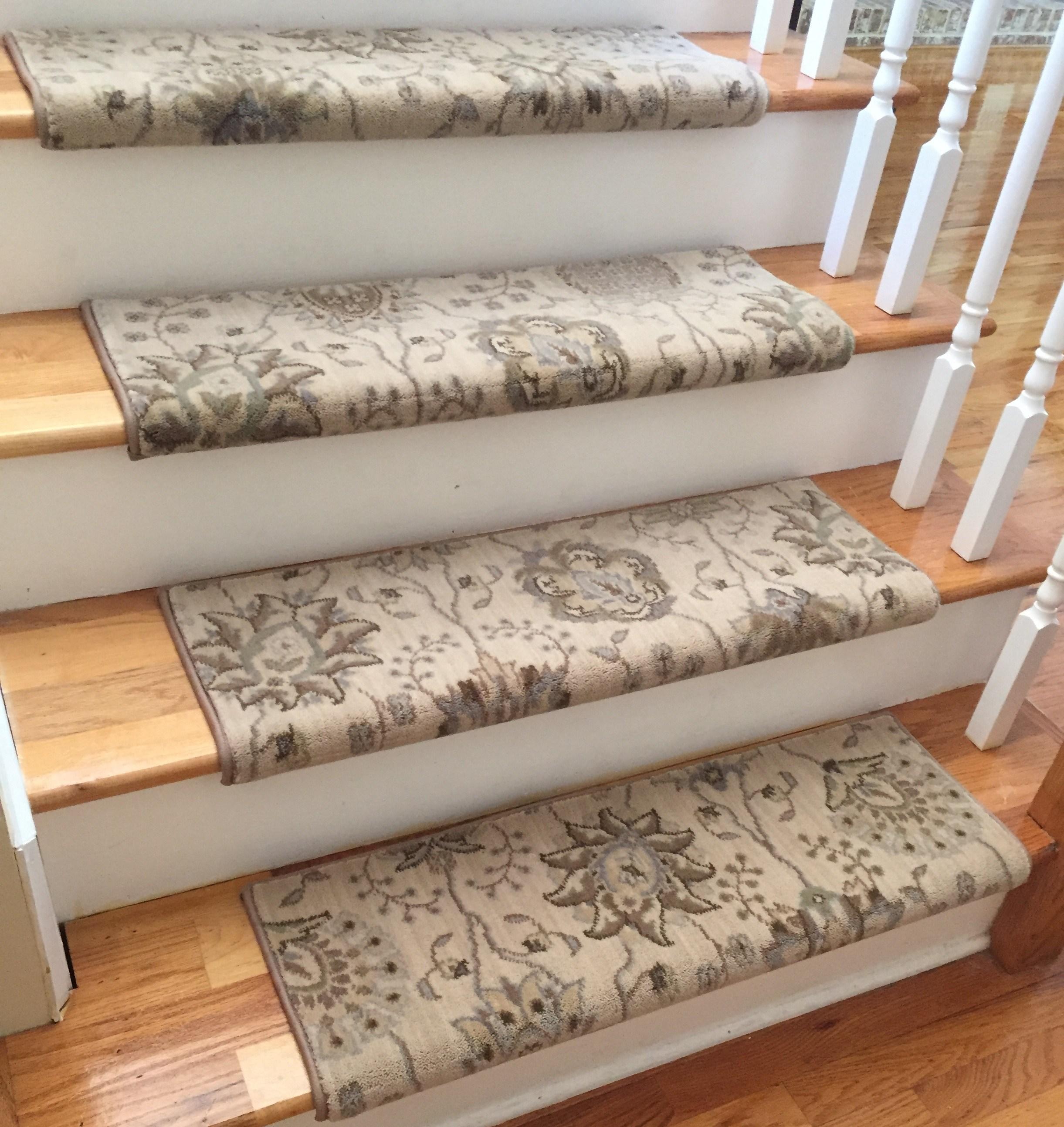 Stair Treads Carpet Satin Cream Custom Wool True Bullnose ™ Carpet Stair Treads New Zealand Wool VFYKWHS