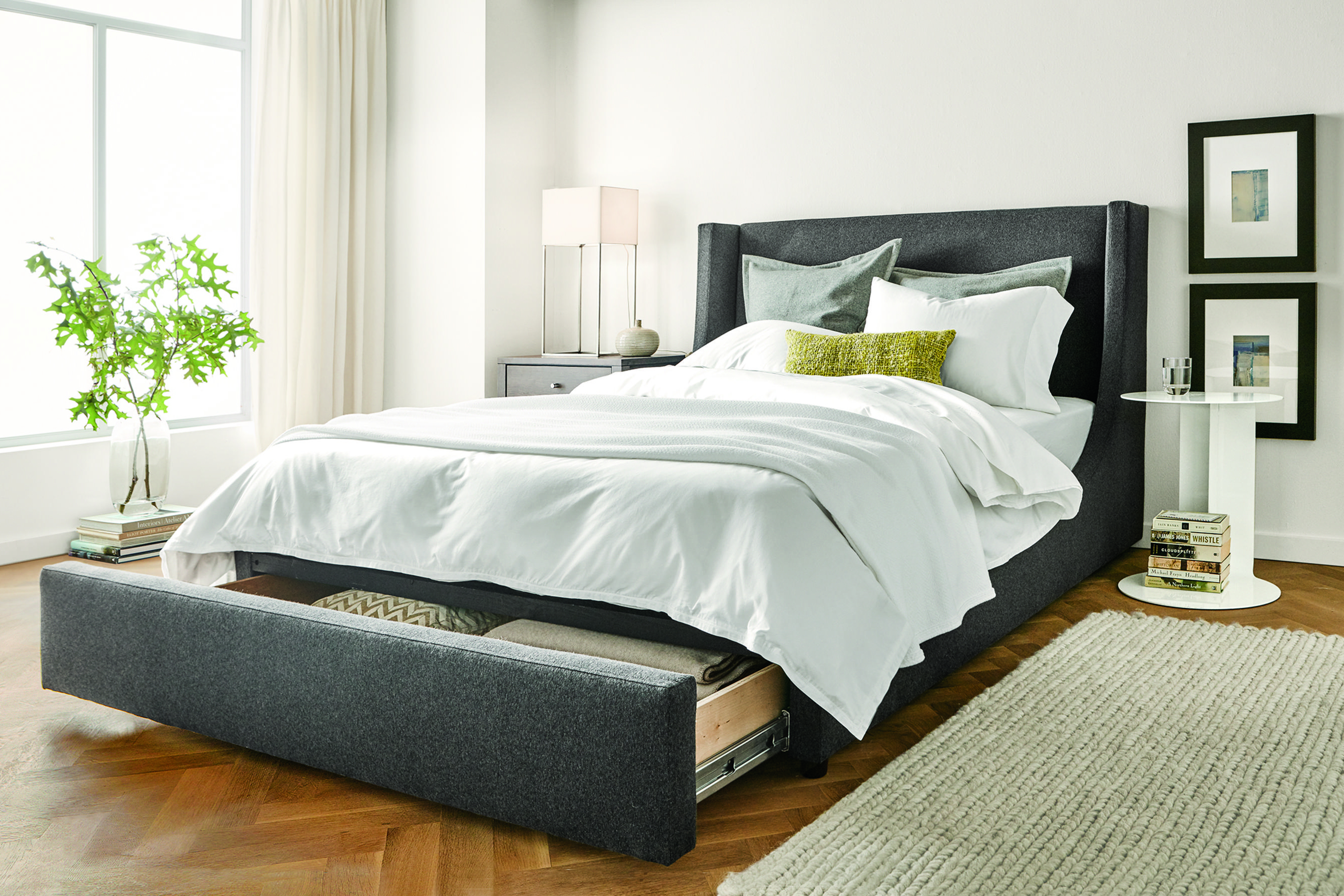 Bed with storage space (Photo credit: courtesy of room & board) OQRNZDH
