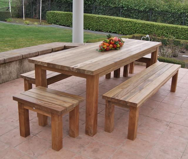Garden furniture made from recycled teak Garden furniture made from recycled teak Rustic terrace TYRZBOI