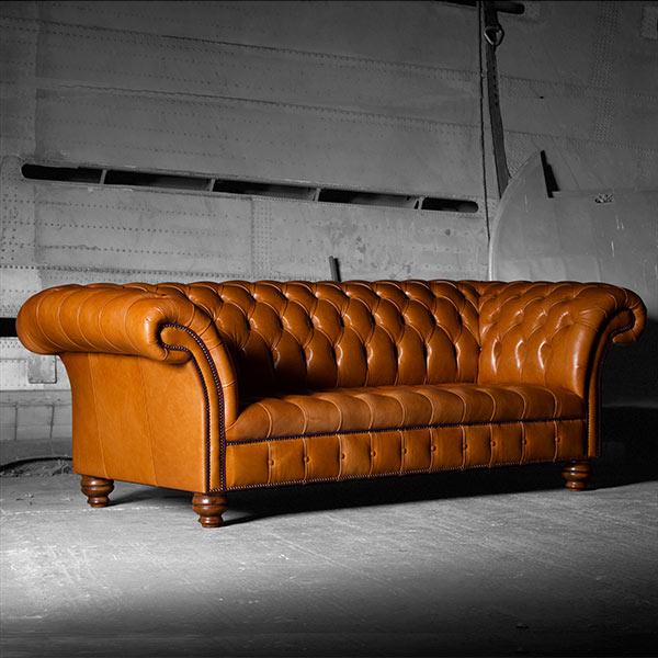 the u201cblenheimu201d Chesterfield leather sofa and chair program BHVNYKU