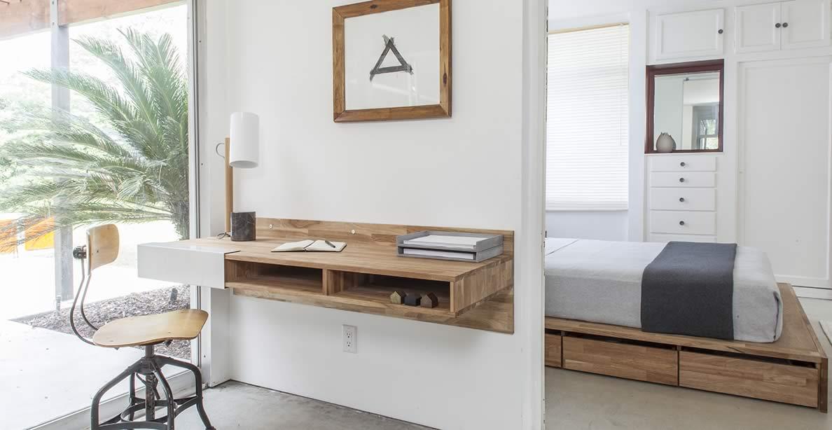 Wall desk (Photo credit: lax series) QEEJCSR