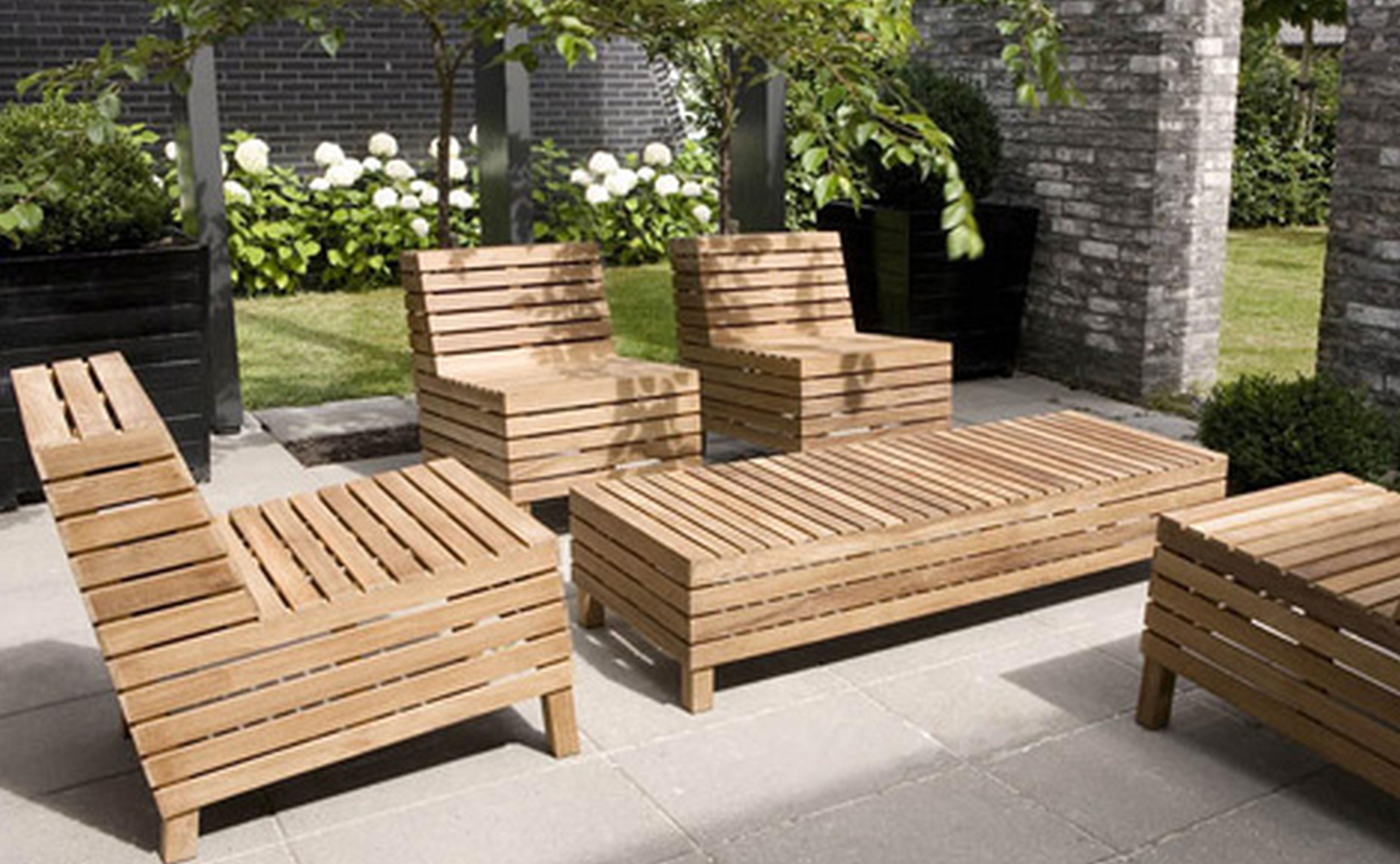 Wooden garden furniture image 15 cool little vegetable garden plans BIODRUJ