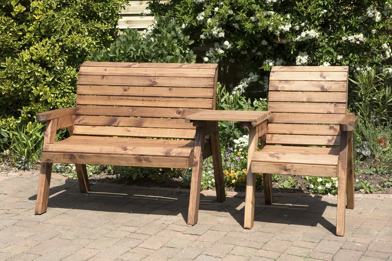 Wooden garden furniture uk made fully assembled heavy duty wooden garden love bench with FHGTHDD