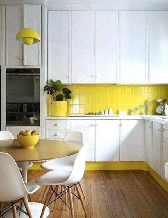 Yellow Kitchen Backsplash Ideas